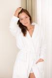 γυναίκα πρωινού κρεβατο&k στοκ φωτογραφία με δικαίωμα ελεύθερης χρήσης