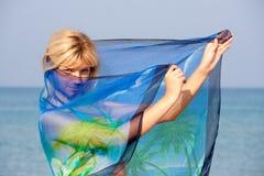 γυναίκα σαρόγκ Στοκ Εικόνα