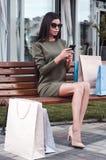 Γυναίκα στην πόλη Στοκ Εικόνες