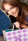 Γυναίκα στις αγορές Στοκ Εικόνες