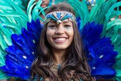 Γυναίκα στο κοστούμι σε καρναβάλι των πολιτισμών στο Βερολίνο Στοκ Εικόνα