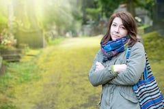 Γυναίκα στο πάρκο Στοκ Εικόνες