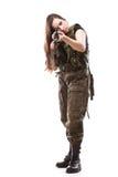 Γυναίκα στρατού με το πυροβόλο όπλο - όμορφη γυναίκα με το πλαστικό τουφεκιών Στοκ Εικόνες