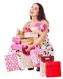 γυναίκα συμβαλλόμενων μερών εκμετάλλευσης δώρων κιβωτίων γενεθλίων στοκ φωτογραφίες