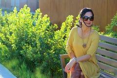 Γυναίκα φθινοπώρου μόδας στοκ φωτογραφία με δικαίωμα ελεύθερης χρήσης