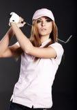γυναίκα φορέων γκολφ Στοκ εικόνες με δικαίωμα ελεύθερης χρήσης