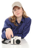 γυναίκα φωτογραφικών μηχ&alp Στοκ φωτογραφία με δικαίωμα ελεύθερης χρήσης