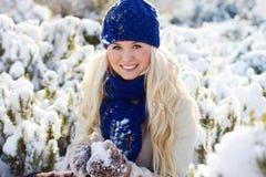 γυναίκα χιονιού Στοκ εικόνες με δικαίωμα ελεύθερης χρήσης