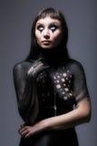 Γυναίκα χρωμάτων σώμα-τέχνης Στοκ φωτογραφία με δικαίωμα ελεύθερης χρήσης