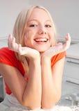 γυναίκα ψησίματος στοκ εικόνα με δικαίωμα ελεύθερης χρήσης