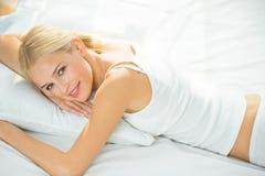 Γυναίκα ύπνου Στοκ φωτογραφία με δικαίωμα ελεύθερης χρήσης