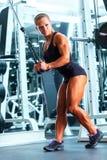 Γυναίκα bodybuilder Στοκ εικόνα με δικαίωμα ελεύθερης χρήσης