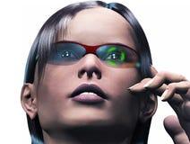 Γυναίκα CG που φορά τα έξυπνα γυαλιά υψηλής τεχνολογίας Στοκ Εικόνες