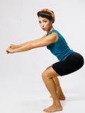 Γυναίκα crouches Στοκ φωτογραφία με δικαίωμα ελεύθερης χρήσης