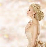 Γυναίκα Hairstyle, πρότυπη ομορφιά προσώπου μόδας, ύφος ξανθών μαλλιών κοριτσιών Στοκ φωτογραφία με δικαίωμα ελεύθερης χρήσης