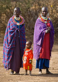 Γυναίκα Maasai στον παραδοσιακό ιματισμό Στοκ Εικόνες
