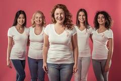 Γυναίκες ενάντια στο καρκίνο του μαστού στοκ φωτογραφία