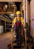 γυναίκες εργαζόμενος εργοστασίων Στοκ Εικόνα
