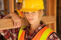 γυναίκες εργαζόμενος constru Στοκ Εικόνα