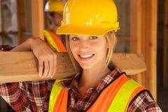 γυναίκες εργαζόμενος constru Στοκ Εικόνες