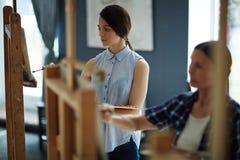 Γυναίκες ζωγράφοι Στοκ Εικόνες