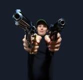Γυναίκες με το πυροβόλο όπλο στοκ φωτογραφίες με δικαίωμα ελεύθερης χρήσης