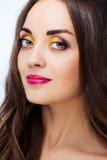 Γυναίκες με το φωτεινό makeup στοκ εικόνες με δικαίωμα ελεύθερης χρήσης