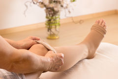Γυναικείες κάλτσες Anthithrombotic Στοκ φωτογραφία με δικαίωμα ελεύθερης χρήσης