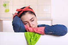 Γυναικείος ύπνος καθαρισμού Στοκ Εικόνες