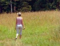 γυναικείο περπάτημα στοκ εικόνες