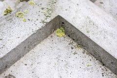 Γωνία επάνω στο υπόβαθρο Αφηρημένο γεωμετρικό υπόβαθρο του σκυροδέματος στοκ φωτογραφίες