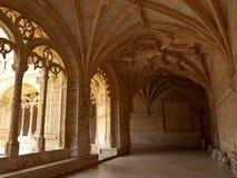 Γωνία μοναστηριών μοναστηριών Jeronimos arcade Στοκ εικόνα με δικαίωμα ελεύθερης χρήσης