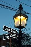 Γωνία της ελπίδας και της οδού του John στο Ρόουντ Άιλαντ του Μπρίστολ Στοκ φωτογραφίες με δικαίωμα ελεύθερης χρήσης