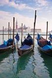 γόνδολες maggiore SAN Βενετία το&upsilo Στοκ φωτογραφία με δικαίωμα ελεύθερης χρήσης