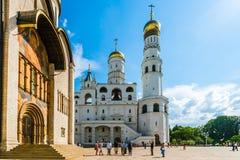 Γύρος 27 του Κρεμλίνου: Annunciation καθεδρικός ναός και Ivan τ Στοκ Εικόνες