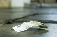 γύρω από τα χρήματα Στοκ εικόνες με δικαίωμα ελεύθερης χρήσης