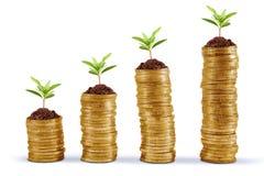 γύρω από τη γιγαντιαία ανάπτυξη επιχειρησιακής businesspeople έννοιας βελών που δείχνει επάνω Στοκ εικόνα με δικαίωμα ελεύθερης χρήσης
