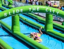 Γλιστρήστε το γιγαντιαίο waterslide πόλεων Στοκ φωτογραφία με δικαίωμα ελεύθερης χρήσης