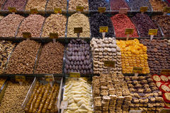 γλυκά και καρύδια Στοκ Φωτογραφία