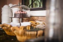 Γλυκά και πρόχειρα φαγητά στοκ εικόνα