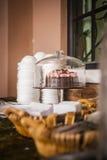Γλυκά και πρόχειρα φαγητά στοκ φωτογραφίες με δικαίωμα ελεύθερης χρήσης
