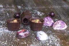 Γλυκά και marshmallows σοκολάτας Στοκ φωτογραφία με δικαίωμα ελεύθερης χρήσης