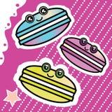 Γλυκά κινούμενα σχέδια αστείο Macaron Kawai σε ένα ροζ Στοκ φωτογραφία με δικαίωμα ελεύθερης χρήσης