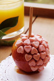 Γλυκά μήλα καραμέλας με το κάλυμμα Στοκ φωτογραφία με δικαίωμα ελεύθερης χρήσης
