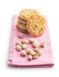 Γλυκά μπισκότα και καρύδια φυστικιών Στοκ Εικόνες