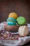 Γλυκά σπιτικά macaroons στοκ φωτογραφίες με δικαίωμα ελεύθερης χρήσης