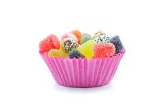 Γλυκά στο ρόδινο κύπελλο στοκ φωτογραφία
