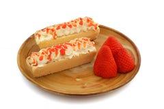 Γλυκές φέρετρα και φράουλες Στοκ Εικόνες