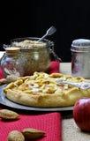 Γλυκιά πίτα επιδορπίων κέικ της Apple Galette Crostata Στοκ φωτογραφία με δικαίωμα ελεύθερης χρήσης