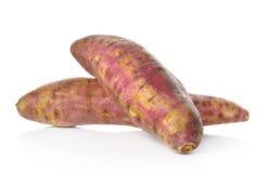 Γλυκιά πατάτα στο άσπρο υπόβαθρο Στοκ φωτογραφία με δικαίωμα ελεύθερης χρήσης